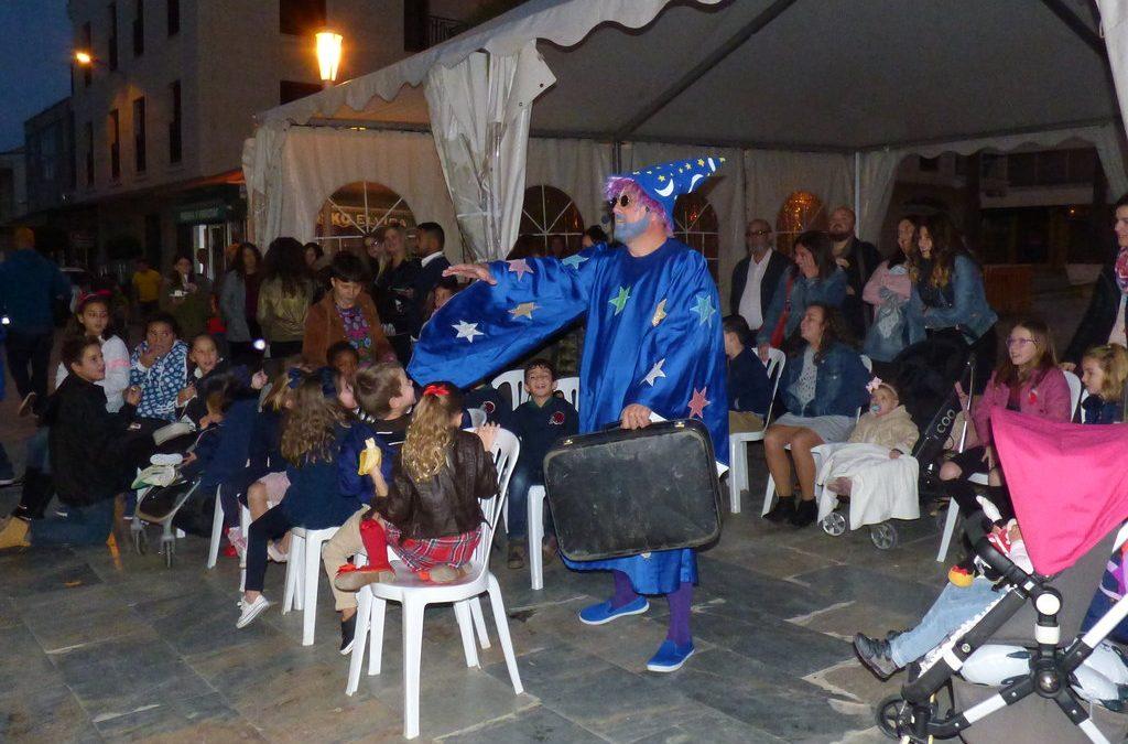 Un espectáculo infantil atrae a cerca de un centenar de niños en la segunda jornada de feria del comercio de Benejúzar Experience.